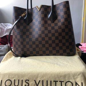 Authentic, like new Louis Vuitton handbag